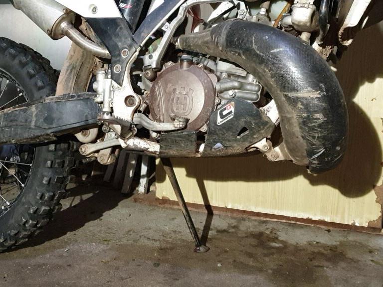 Cambio aceite moto enduro
