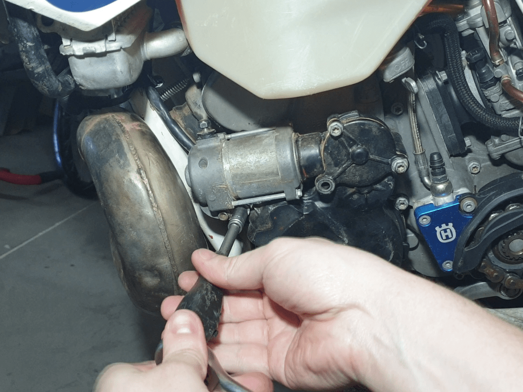 Desmontaje motor de arranque KTM, Husaberg y Husqvarna